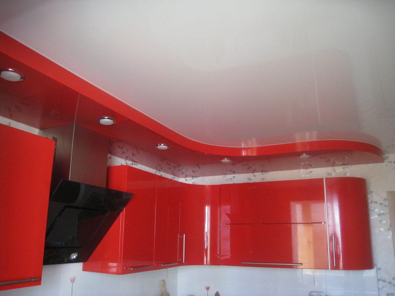 Фото двухуровнего натяжного потолка